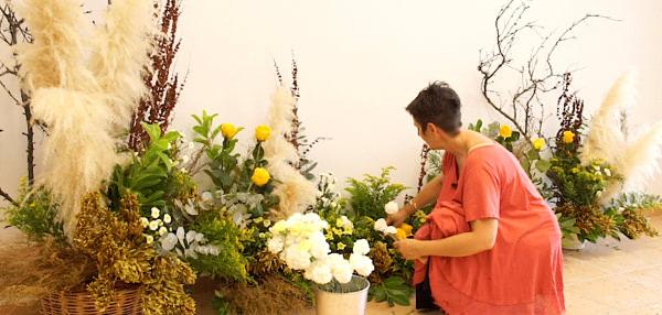 Cursos de formación florista Celine Boroli. Cómo hacer una pared Bohem